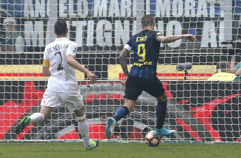 Inter Milan vs AC Milan (Foto: Reuters / Alessandro Garofalo)