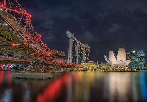 Main ke Singapura, Coba ke Jembatan Unik Berbentuk DNA