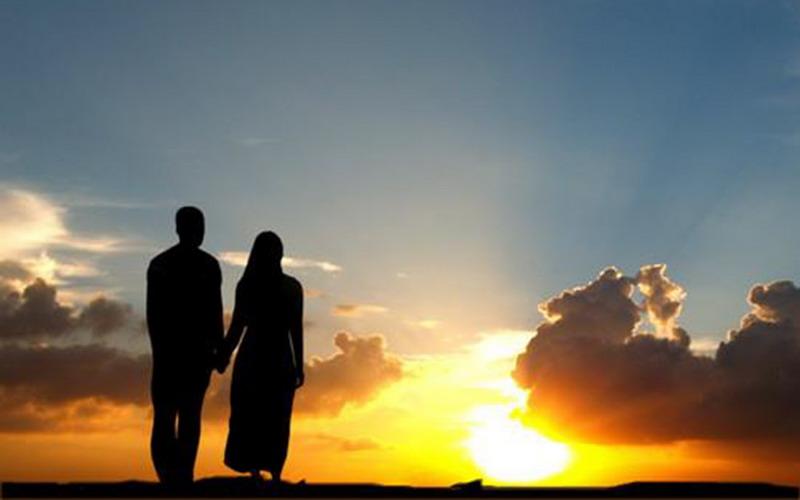 Mengapa Suami Wajib Mendidik Istri agar Salehah?