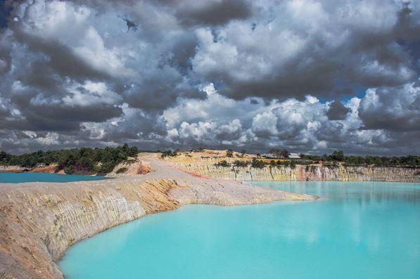 Tak Cuma di Belitung, Danau Berair Biru Juga Ada di Pulau Bintan