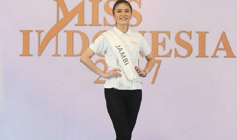 MISS INDONESIA 2017: Sempat Bertemu Sebentar, Sang Kakak Beri Dukungan Penuh pada Miss Jambi