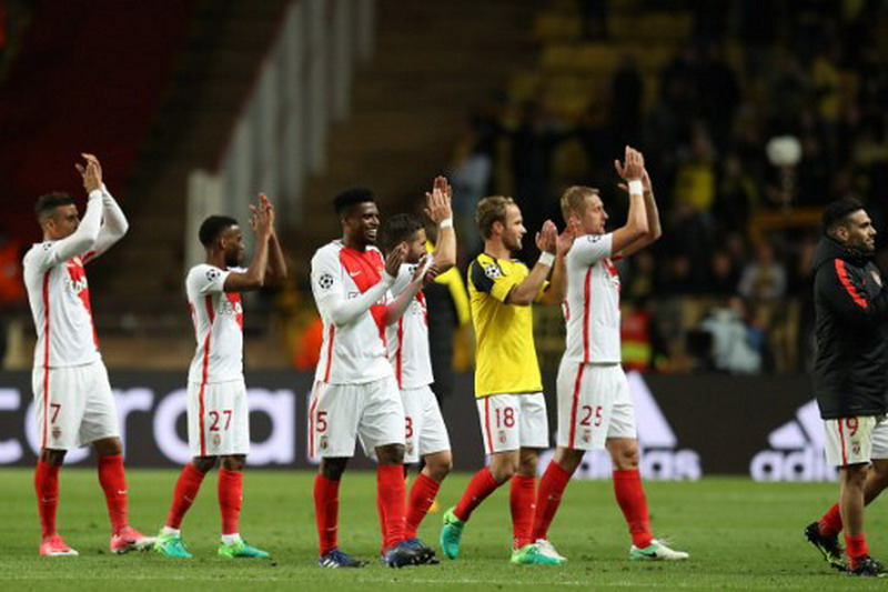 AS Monaco usai pertandingan melawan Dortmund (Foto: AFP)