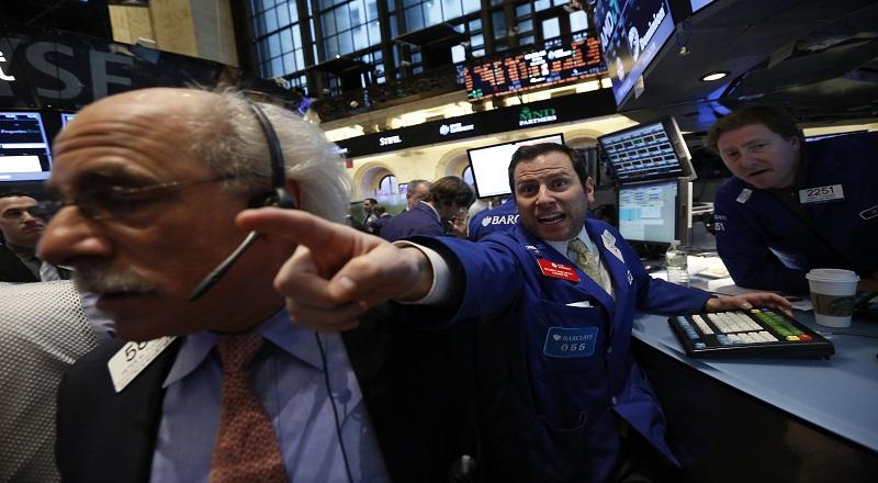 \Wall Street Menguat Ditopang Saham Keuangan\