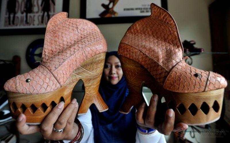 \BUSINESS HITS: Market Share Indonesia untuk Alas Kaki Dipatok Tembus 10%\