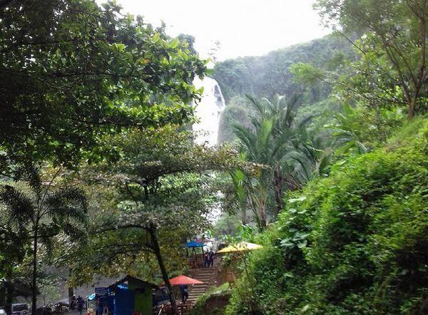 Nikmati Kesejukan Air Terjun di Tanah Kelahiran Kartini
