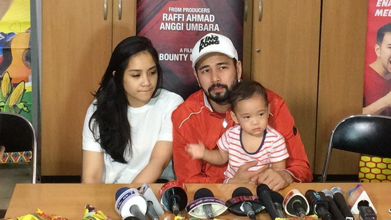 Raffi Ahmad dan Keluarga (Foto: Ady/Okezone)