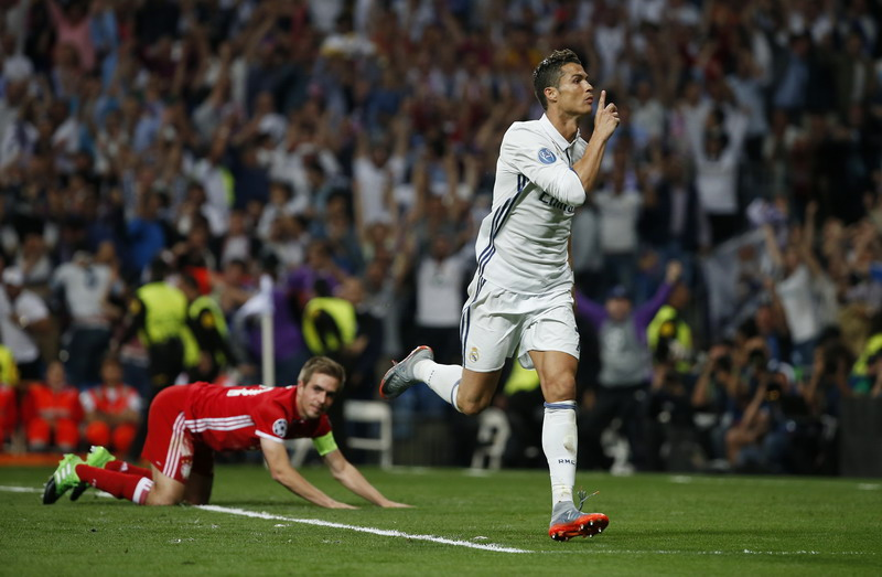 Catatan semifinal Real Madrid berimbang. (Foto: REUTERS/Susana Vera)