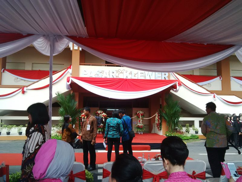 \Presiden Jokowi Resmikan Pasar Klewer di Hari Kartini\