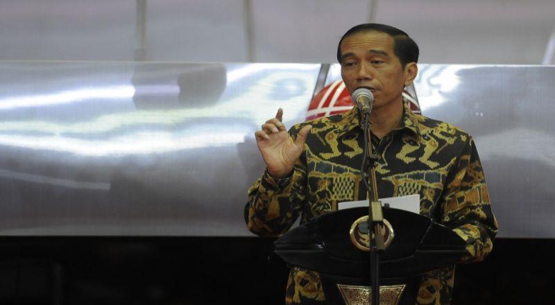 \Jokowi Ajak Masyarakat Cintai Produk Indonesia\