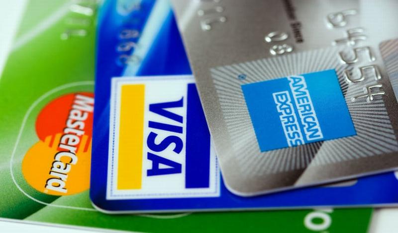 \Intip 3 Cara Mudah Hindari Pemborosan Kartu Kredit!\