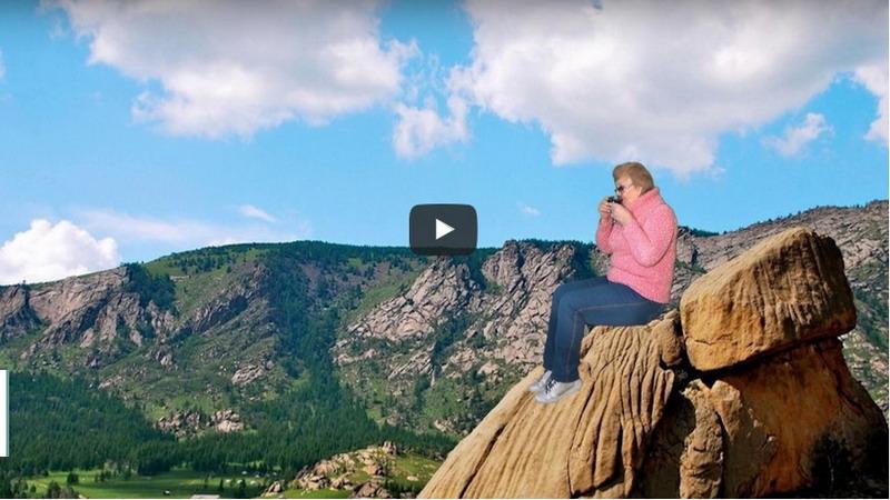 Keren, Nenek Ini Bisa Keliling Dunia Tanpa Keluar Rumah Lho