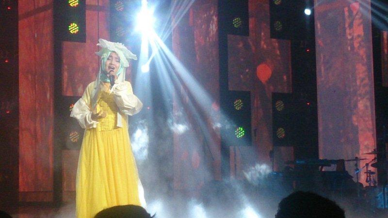 Raisa dan Isyana Konser (Foto: Dahsyat Twitter)