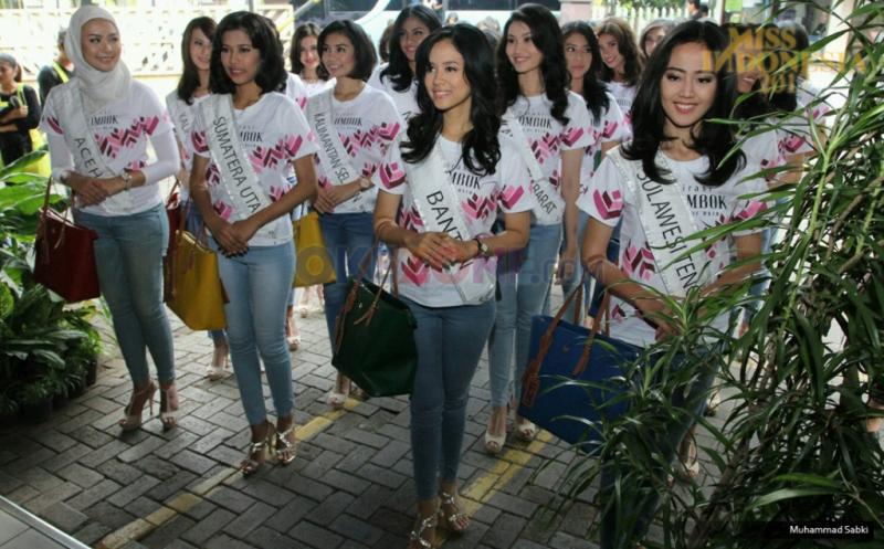 MISS INDONESIA 2017: Miss NTB, NTT, dan Papua Tuliskan 2 Kata tentang Kartini