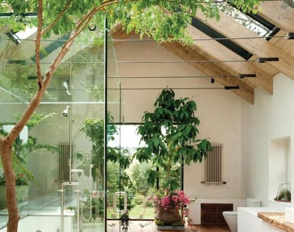Yuk Intip Desain Kamar Mandi Bertaman yang Bikin Mata Adem