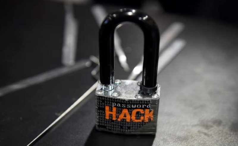 \TREN BISNIS: Mantan Menperin Tutup Usia hingga Ancaman Serangan Ransonware Sektor Keuangan \