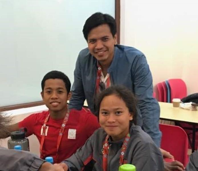 Fadlan dan Vanessae serta Waketum PB PRSI, Harlin Rahardjo. (foto:Istimewa)