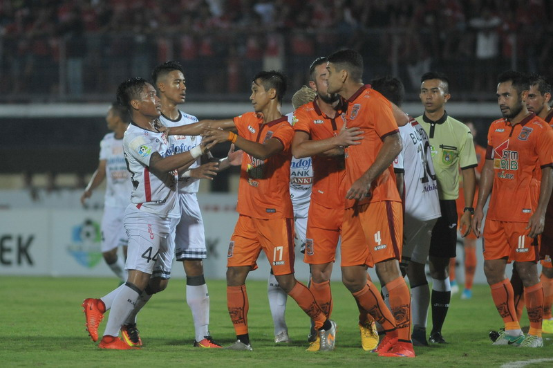 Borneo dikalahkan Bali United. (Foto: ANTARA/Nyoman Budhiana)