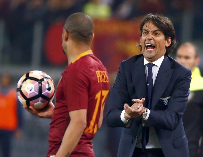 Simone Inzaghi menakar pola permainan Juventus. (Foto: REUTERS/Tony Gentile)