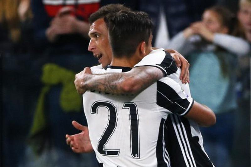 Dybala dan Mandzukic berpotensi absen. (Foto: AFP/Marco Bertorello)