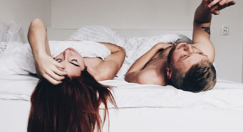 Oops! Keseringan Nonton Film Porno Menurunkan Gairah Seks Anda Lho