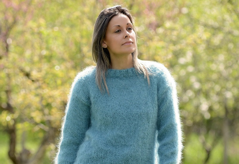 Jangan Khawatir! Sweater Wool Berbulu Bisa Diatasi dengan Alat Cukur
