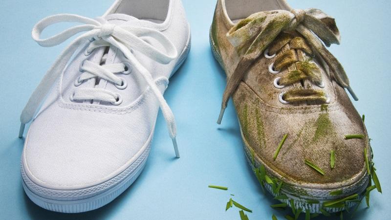 Sepatu Bau Busuk dan Cepat Kotor? Atasi dengan 3 Langkah Berikut!