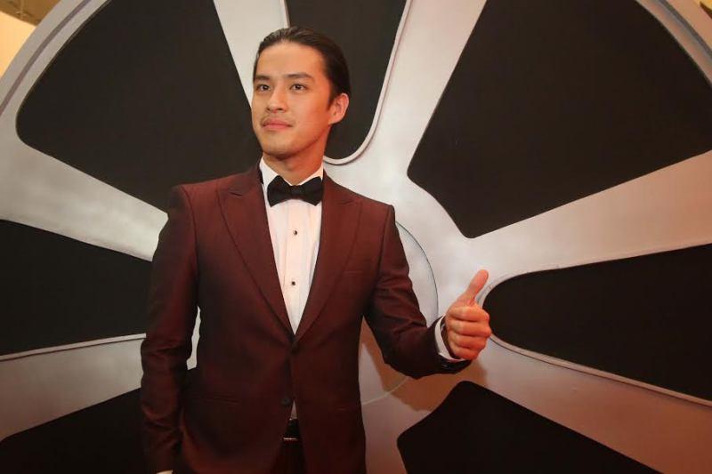 IMAA 2017: Pakai Gaya Rambut Man Bun, Morgan Oey Tambah Keren!