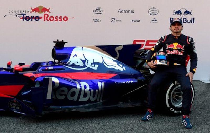 Carlos Sainz, pembalap Toro Rosso (Foto: Jose Jordan / AFP)