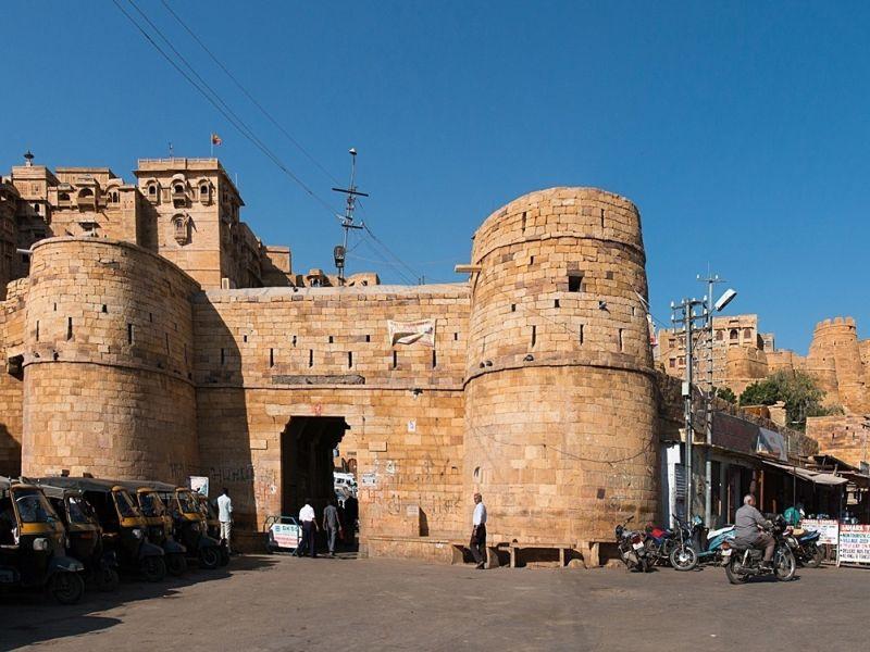Benteng Jaisalmer Rajasthan Jadi Perhiasan Emas India