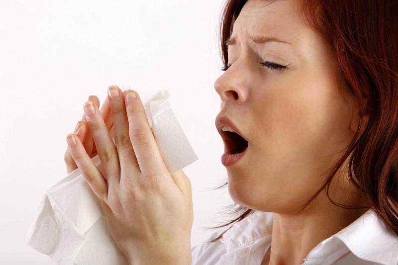 Solusi Terbaik Mencegah Bersin-Bersin di Pagi Hari