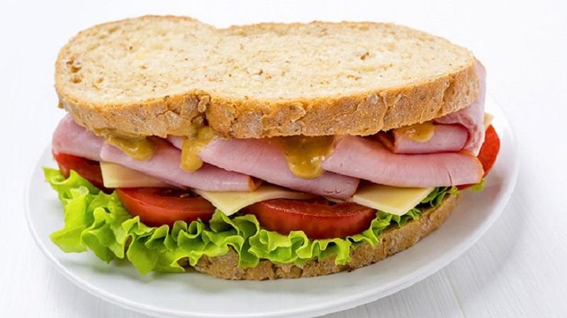 Awas! Makanan Tidak Asin Juga Bisa Mengandung Natrium yang Sebabkan Hipertensi