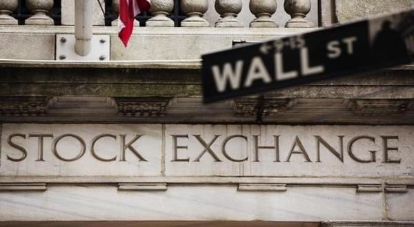 \Wall Street Rebound dari Pelemahan Tajam   \