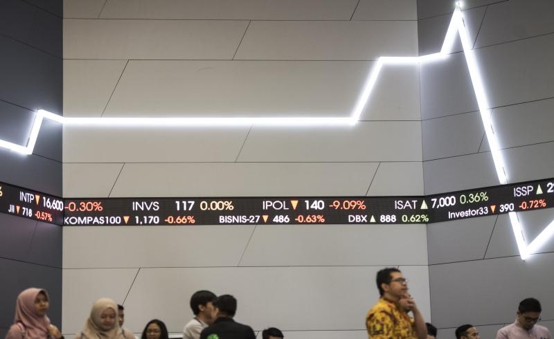 \   Riset Saham First Asia: Rebound Harga Komoditas Akan Antarkan IHSG ke 5.700   \