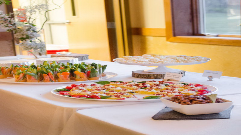 Mau Bikin Pesta Buffet di Rumah, Intip 5 Tips Jitu Berikut