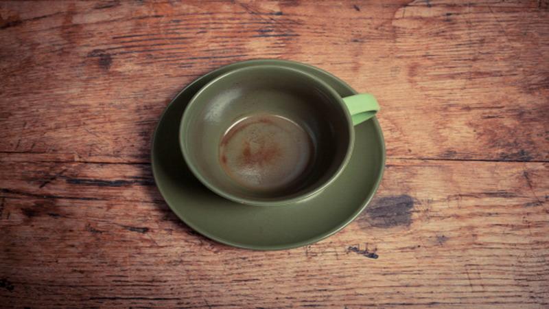 3 Tips Menghilangkan Noda Teh dan Kopi pada Peralatan Dapur