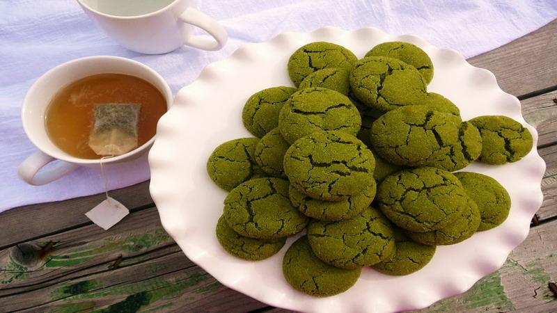 RESEP NENEK: Hmm... Lezatnya Green Tea Almond Cookies