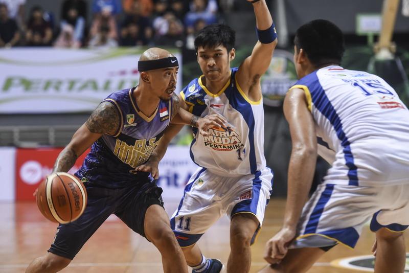Mario Wuysang motor serangan Timnas Basket Indonesia. (Foto: ANTARA/Hafidz Mubarak)