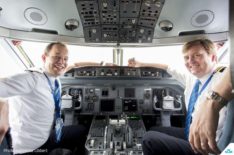 Sssttt,,,Diam-Diam Raja Belanda Jadi Pilot Selama 21 Tahun
