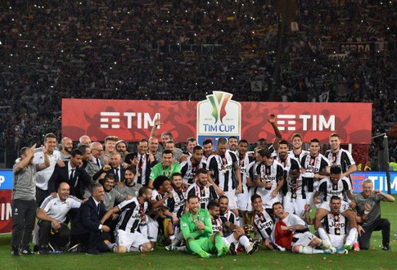Juventus menjuarai Coppa Italia 2016-2017 (Foto: AFP / Andreas Solaro)