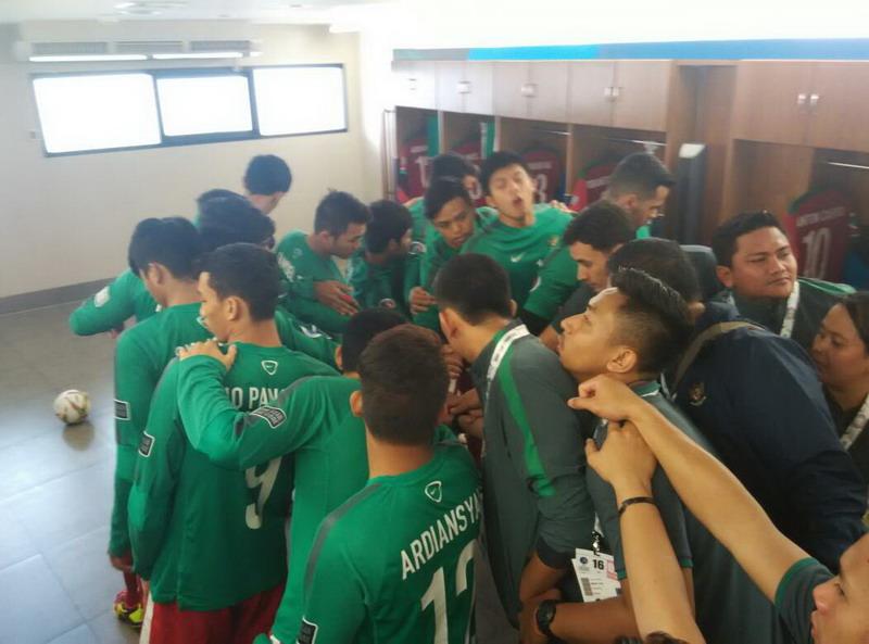 Timnas Futsal Indonesia U-20 saat bersiap jelang laga. (Foto: Mas Ben/FFI)
