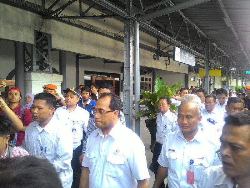 \BUSINESS HITS: Bandara Digital di RI Suatu Keharusan\