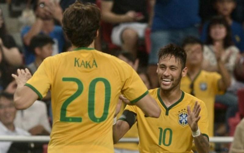 Ricardo Kaka dan Neymar (Foto: AFP)