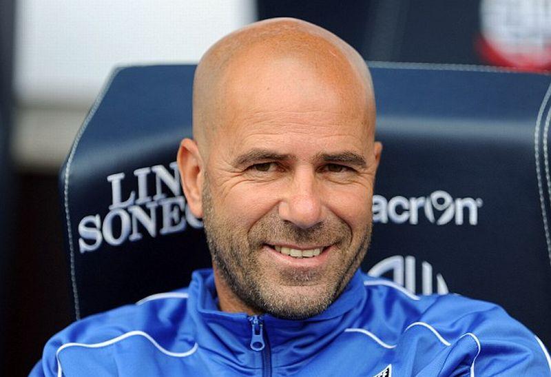 Pelatih Ajax Amsterdam, Peter Bosz (Foto: Getty Images)
