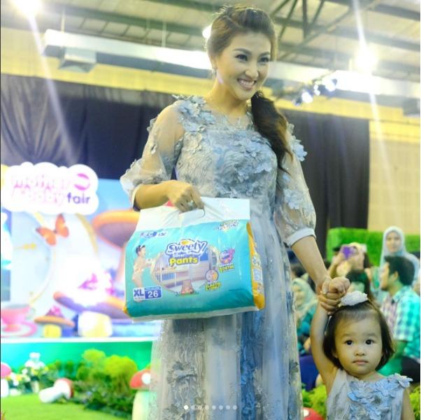 Menikmati Keceriaan Sweety in the Wonderland di Mother And Baby Fair 2017