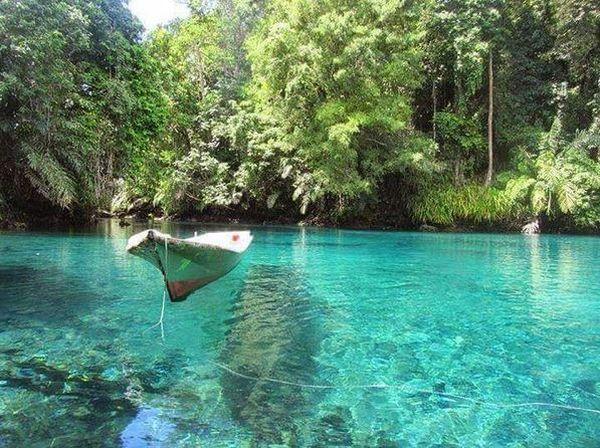 JELAJAH ISLAM: Keajaiban Danau Labuan Cermin Ternyata Sudah Dijelaskan dalam Alquran