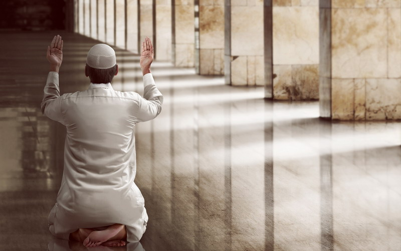 10 Malam Terakhir Ramadan, Yuk Fokus Mendekatkan Diri kepada Allah dengan Beriktikaf
