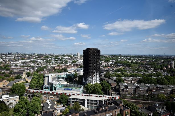 Grenfell Tower (Foto:Mirror)