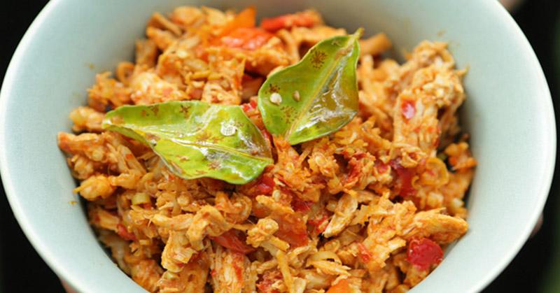 Moms, Coba Bikin Resep Ayam Suwir Beta Punya NTT Yuk!