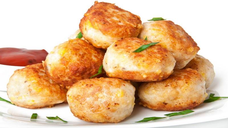 SAHUR YUK: Rekomendasi Bakso Daging Ayam untuk Santap Sahur