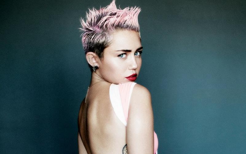 Miley Cyrus. (Foto: V Magazine)